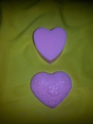 Мыло ручной работы в форме сердца. Непрозрачные сердца